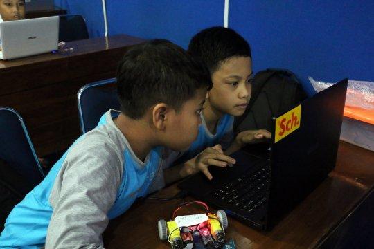 Menyongsong Pendidikan 4.0 membentuk kreativitas yang berkualitas