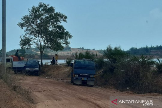 Pedagang air tambang bauksit menjamur saat krisis air