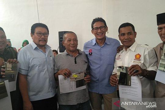 Anggota DPRD bagikan 10 ambulans bagi warga Jakarta Barat