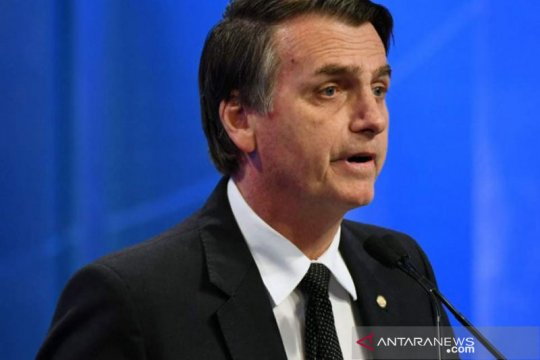 Aksi protes di Brazil bidik Bolsonaro terkait kebakaran Amazon