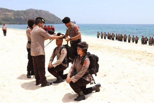 Kapolda Sulut pimpin pembaretan personel Ditsamapta di Pantai Pall