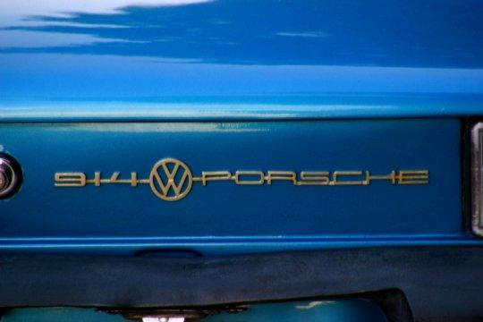 VW, Porsche tarik kendaraan karena masalah airbag dan sabuk pengaman