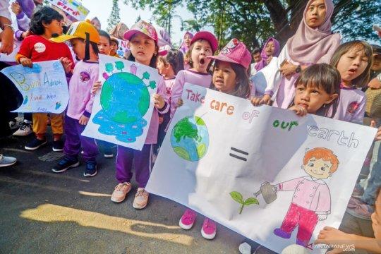 Aksi peduli lingkungan sejak dini
