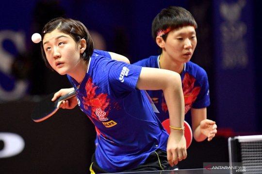 Ganda putri tenis meja China ciptakan all China final
