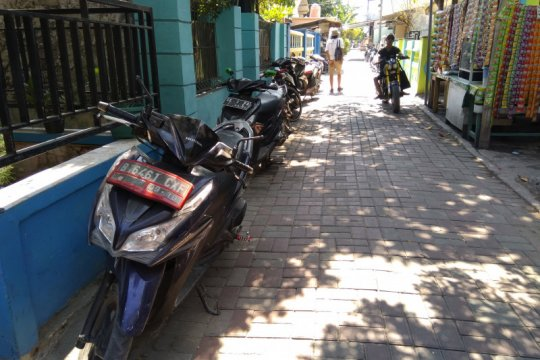 Banyak sepeda motor tanpa plat lalu lalang di Pulau Tidung