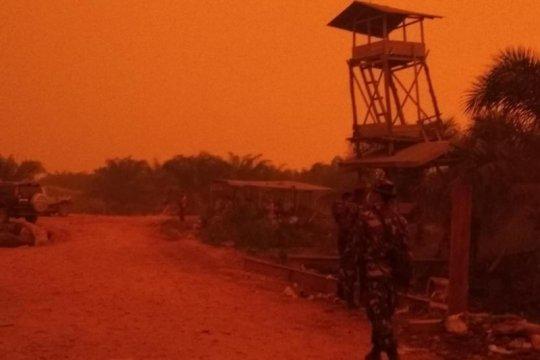 Yonif 144/Jaya Yudha bantu penanganan kebakaran hutan di Jambi