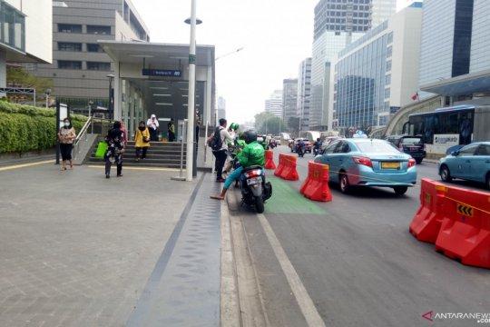 Sebagian warga belum mengetahui adanya jalur sepeda di MH Thamrin