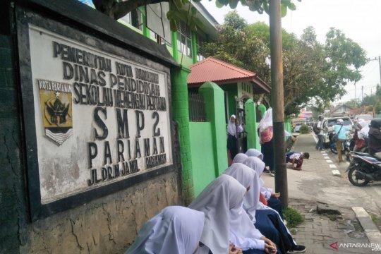 Pemkot Pariaman liburkan siswa akibat kabut asap