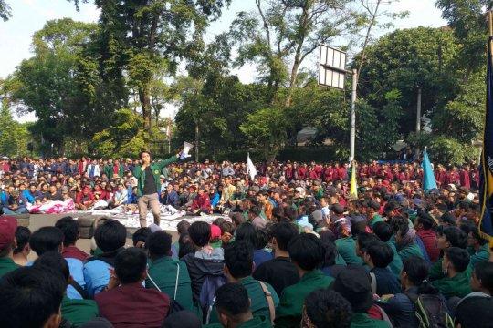 Mahasiswa Bandung tolak RUU KPK dan KUHP