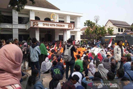 Mahasiswa-DPRD Kota Cirebon sepakat tolak revisi UU KPK