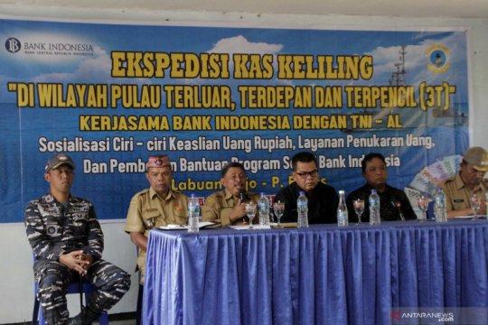 Manggarai Barat apresiasi kegiatan ekspedisi kas keliling BI-TNI AL