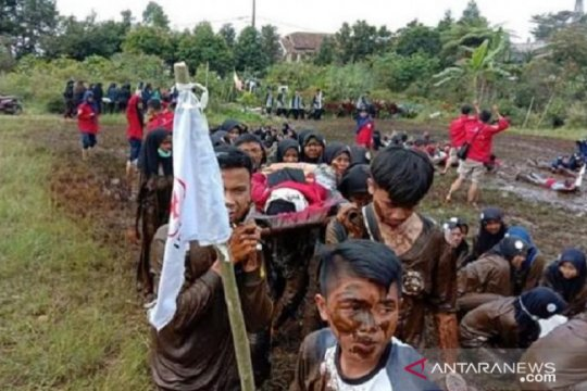 """4.700 anggota PMR Cianjur dilatih """"ayo siaga bencana"""""""