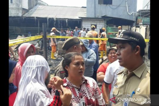 120 jiwa terdampak kebakaran Kembangan, 22 di antaranya pelajar