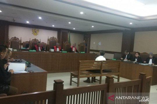 Mantan dirut PLN didakwa rugikan keuangan negara Rp188,745 miliar