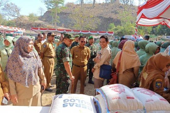 Bulog Bima gelar operasi pasar jaga kestabilan harga beras