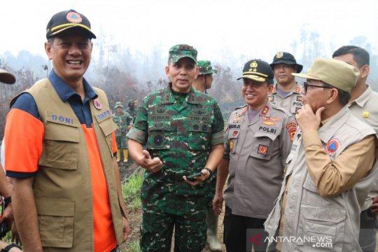 Lokasi karhutla Muarojambi ditinjau Kepala BNPB dan Pangdam