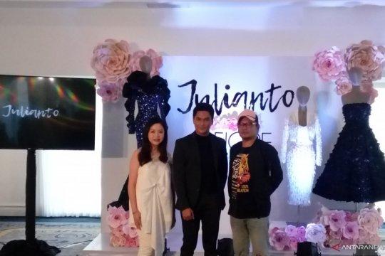"Julianto sempat tidak ""pede"" di New York Fashion Week, kenapa?"