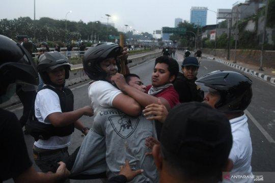 Komnas HAM desak polisi hentikan tindakan kekerasan hadapi mahasiswa