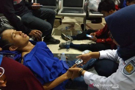 Demo mahasiswa, Stasiun Palmerah siagakan posko medis darurat