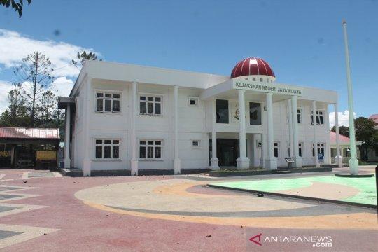 Massa anarkis lumpuhkan lebih dari 15 fasilitas pemerintah di Wamena