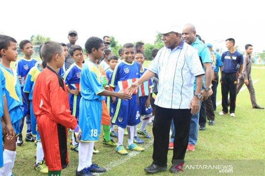 Pemkab Jayapura Fokus Pembinaan Sepakbola Usia Dini