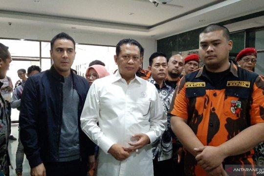 Ketua DPR kunjungi mahasiswa korban unjuk rasa di RS Pelni