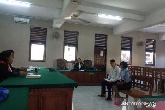 Asisten pengacara asal Taiwan diadili sebab bawa ratusan psikotropika