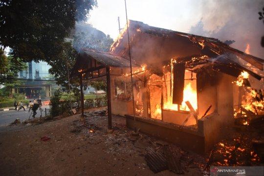 Papua Terkini - Ruko dan pemukiman warga dibakar massa di Oksibil