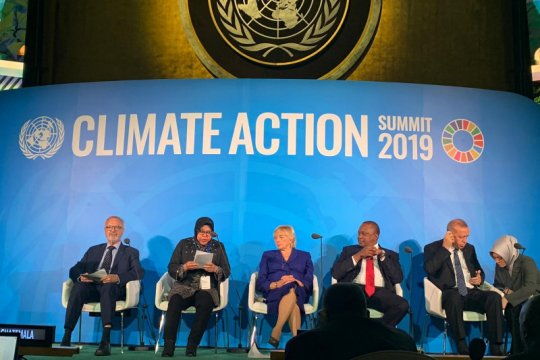 Wali Kota Surabaya bahas transportasi ramah iklim di forum PBB