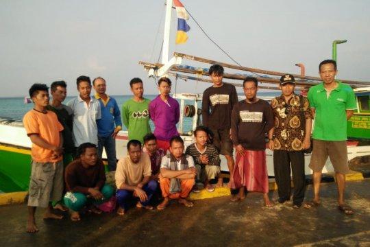 13 ABK selamat yang kapalnya dihantam ombak di Laut Jepara dipulangkan