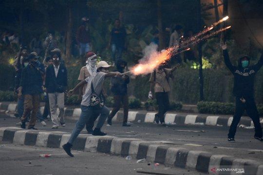 Sejumlah fasilitas publik Kelurahan Gelora rusak pascademo pelajar