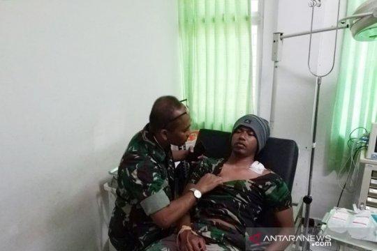 Alami luka panah, anggota Yonif 751 Raider dievakuasi dari Mulia