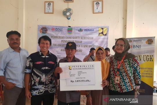 Warga Bekasi terima ganti rugi proyek Jalan Tol Japek II Selatan