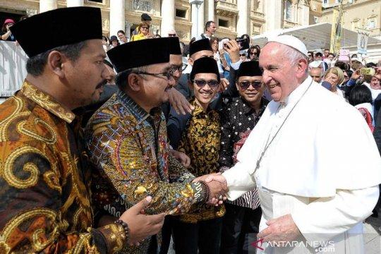 Wantimpres bertemu Paus Fransiskus di Vatikan