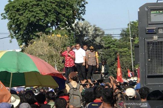 Pimpinan DPRD Jatim temui mahasiswa komitmen teruskan aspirasi