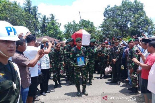 Anggota TNI tewas di Papua dimakamkan ke kampung halamannya di Malut