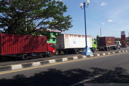 Angkutan logistik Sulsel terganggu karena solar bersubsidi langka