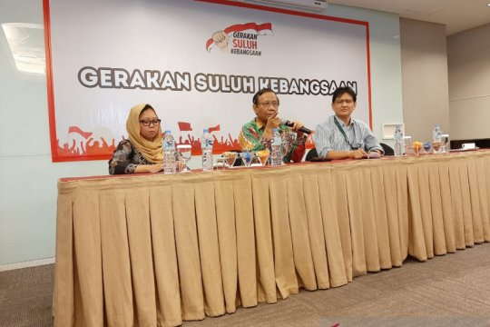 "Solusi UU KPK, Mahfud MD sarankan ""legislative review"""