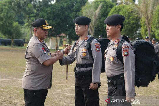 Polda Kepri berangkatkan 100 personel BKO Jakarta