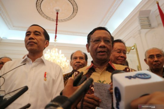 Mahfud MD: Kegentingan dalam perppu hak subjektif Presiden Jokowi