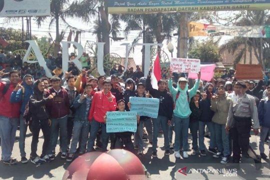 Disdik Jabar telusuri sebaran ajakan demontrasi kepada siswa di Garut