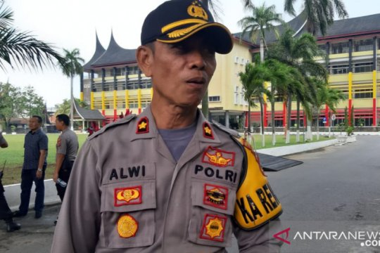 1.000 polisi amankan demonstrasi di Kantor Gubernur Sumbar