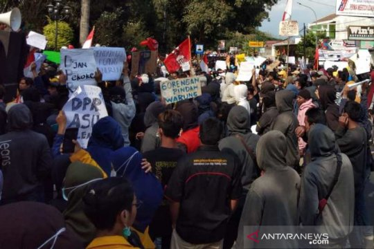 Demo SMK,Anies minta sekolah mendata siswanya