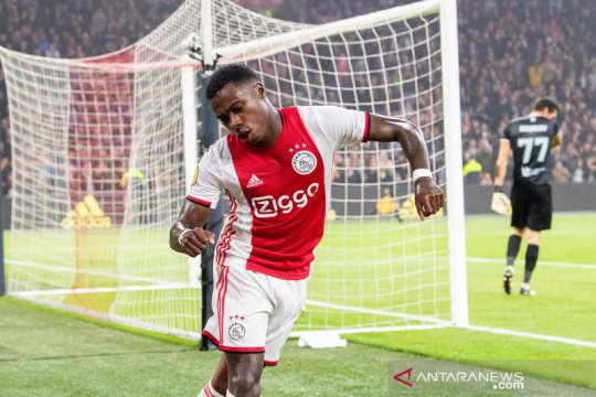 Klasemen Liga Belanda usai laga tunda, Ajax di puncak ditempel PSV