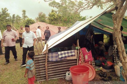 Kondisi warga tiga desa di pengungsian memprihatinkan