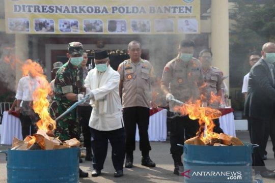 Polda Banten musnahkan barang bukti narkoba shabu dan 82 kg ganja