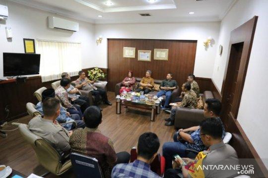 Polisi tangguhkan penahanan mahasiswa pedemo di DPRD Sumut