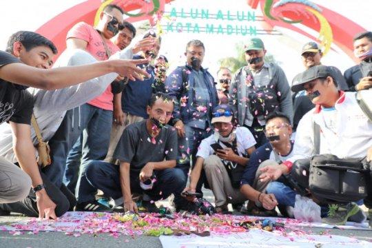 Jurnalis Madiun kecam tindakan represif aparat