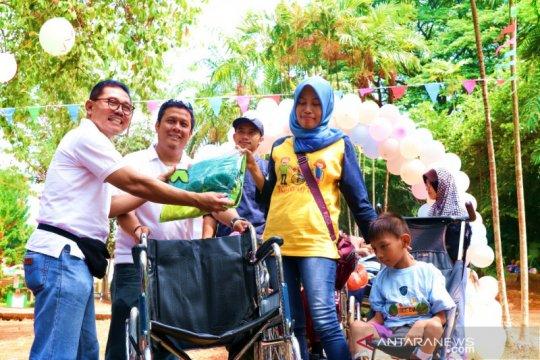 ASABRI berbagi keceriaan dengan anak-anak disabilitas tuna rungu