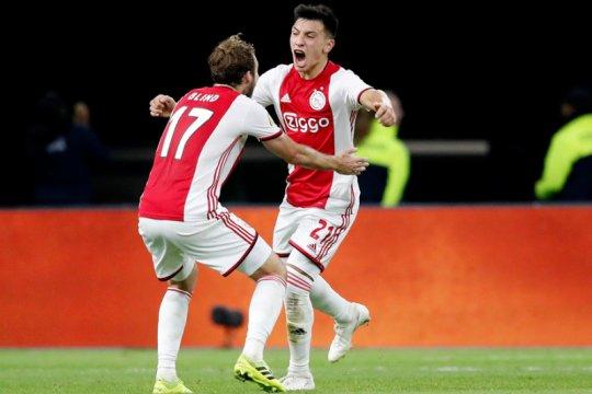 Ajax menang atas 10 pemain Groningen